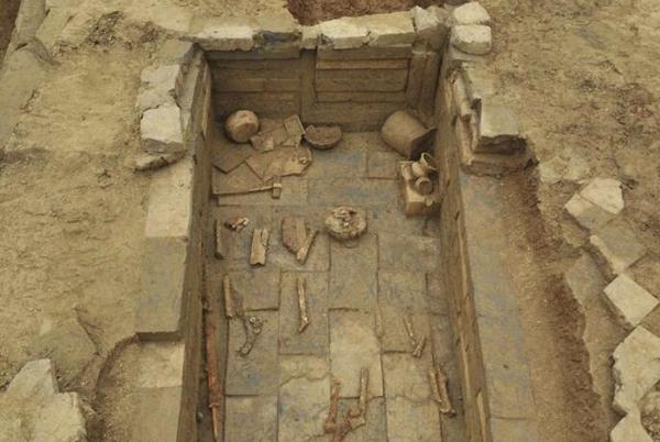 成都出土75座古墓——唐代火坑墓是道教信仰痕迹