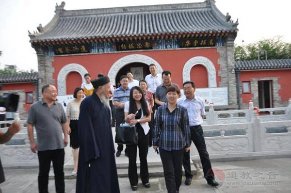 北京市统战部部长齐静参观考察怀柔关公庙