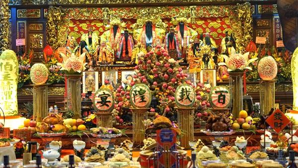Singapore Lorong Koo Chye Sheng Hong Temple Commemorates a Century of Venerating the City God