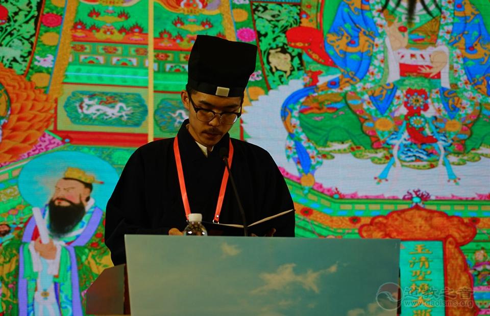上海道教学院范傲道长领读《唐太古妙应孙真人福寿论》并示范讲经。
