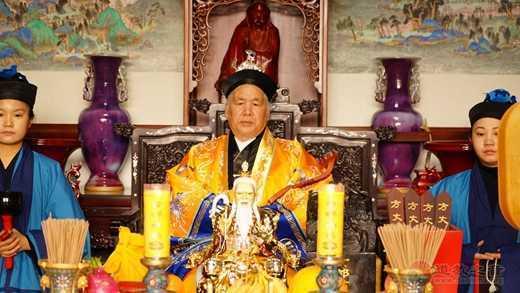 河南中岳庙举行黄至杰道长方丈升座典礼