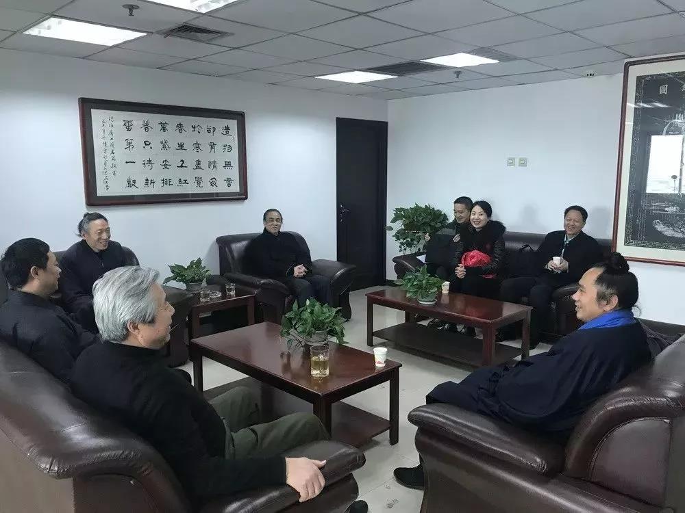 西安市委统战部、市宗教局分别走访慰问西安市道教协会、西安都城隍庙
