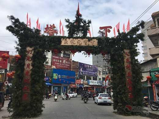 """福州元宵庙会:面临城市改造的""""人神同悦"""""""