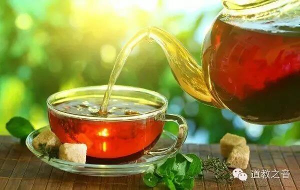 生活是一盏茶 修行也只是一盏茶