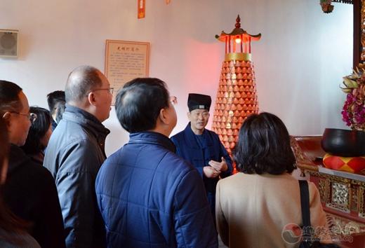 黄浦区政协侨民宗专委走访调研上海城隍庙、上海白云观