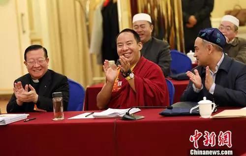 宗教界委员谈履职:对峙宗教中国化偏向、反应信教群众呼声