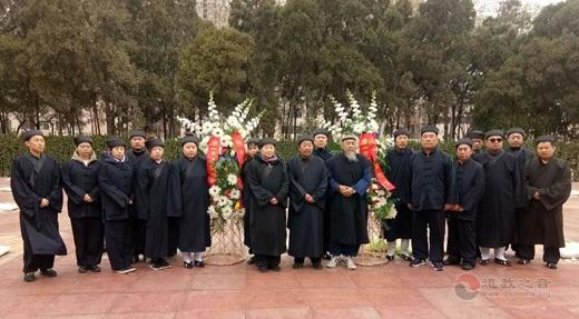 唐山道教界到冀东烈士陵园拜祭3