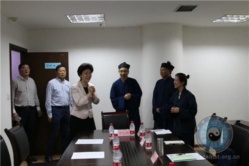 重庆市委常委、统战部长李静率队到市道协走访调研