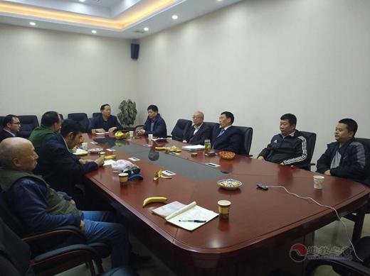 陕豫两地老子文化研究者考察宝鸡大散关4