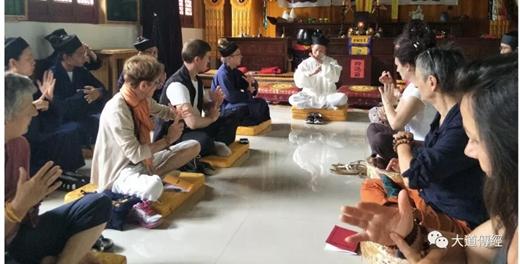 法国道教协会一行十人访问武汉大道观