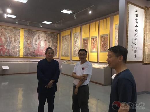 张宗健道长陪同著名学者何建明教授、汲喆教授考察介休后土庙