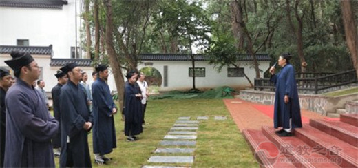 湖北省武汉大道观隆重举行首次升国旗仪式