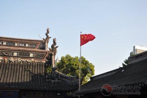 """上海城隍廟積極響應""""國旗進場所""""號召"""