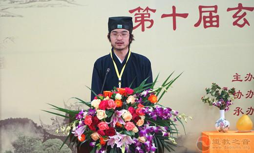 张高日(江西省新余市仰天观):椿萱并茂,莫等白头