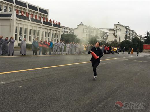 江苏省苏州城隍庙参加苏州市民族宗教系统第十八届消防运动会
