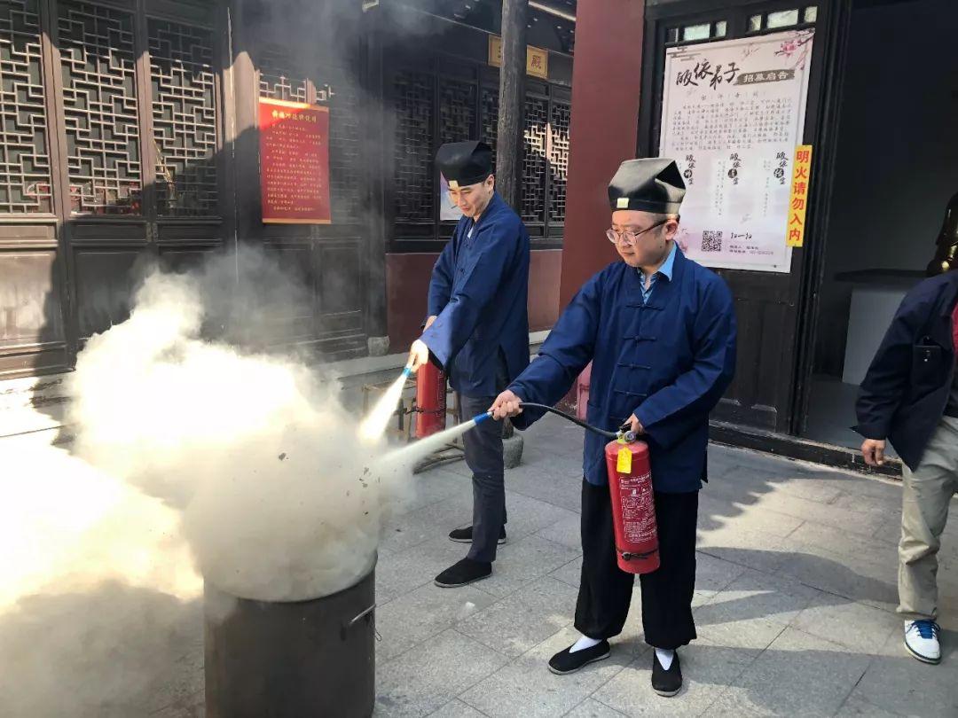 三泾庙迎接进博会