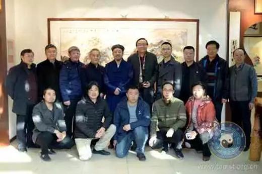 丹青溢彩 翰墨飘香——中国道教协会道家书画院举办书画笔