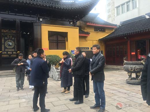 广州市宗教参访团一行参访苏州城隍庙