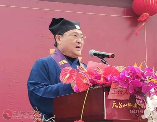 杨世华:方丈升座,学院揭牌;门盈双喜,继往开来!