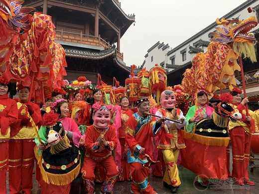 庐州府城隍庙举行城隍爷和城隍奶奶出巡活动