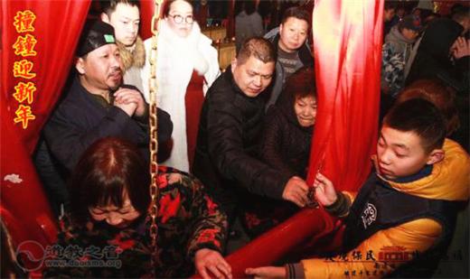 南通城隍庙举行新年撞钟、接财神系列活动