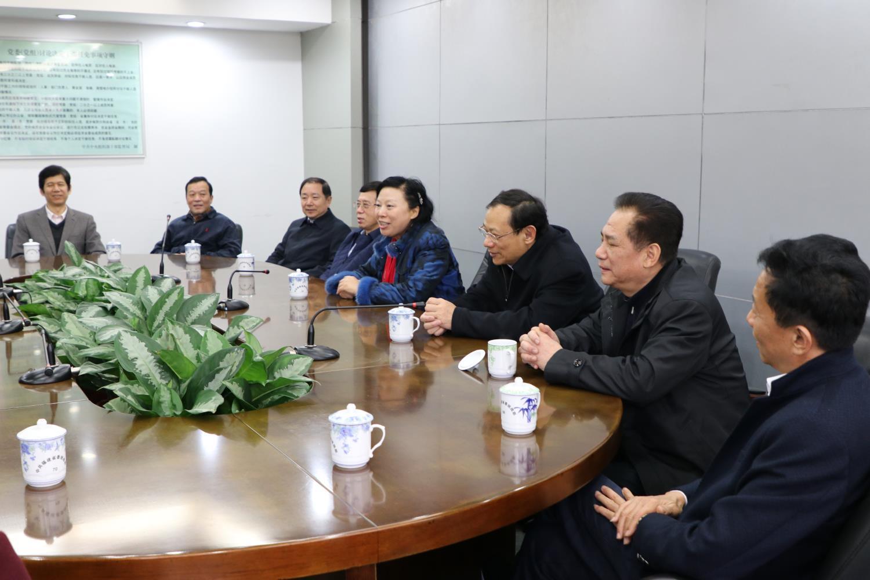 福建省民宗厅班子成员向省领导汇报工作