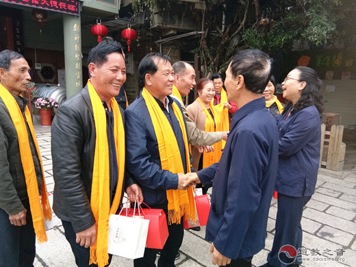 广西妈祖文化机构和宫庙代表参访厦门朝宗宫