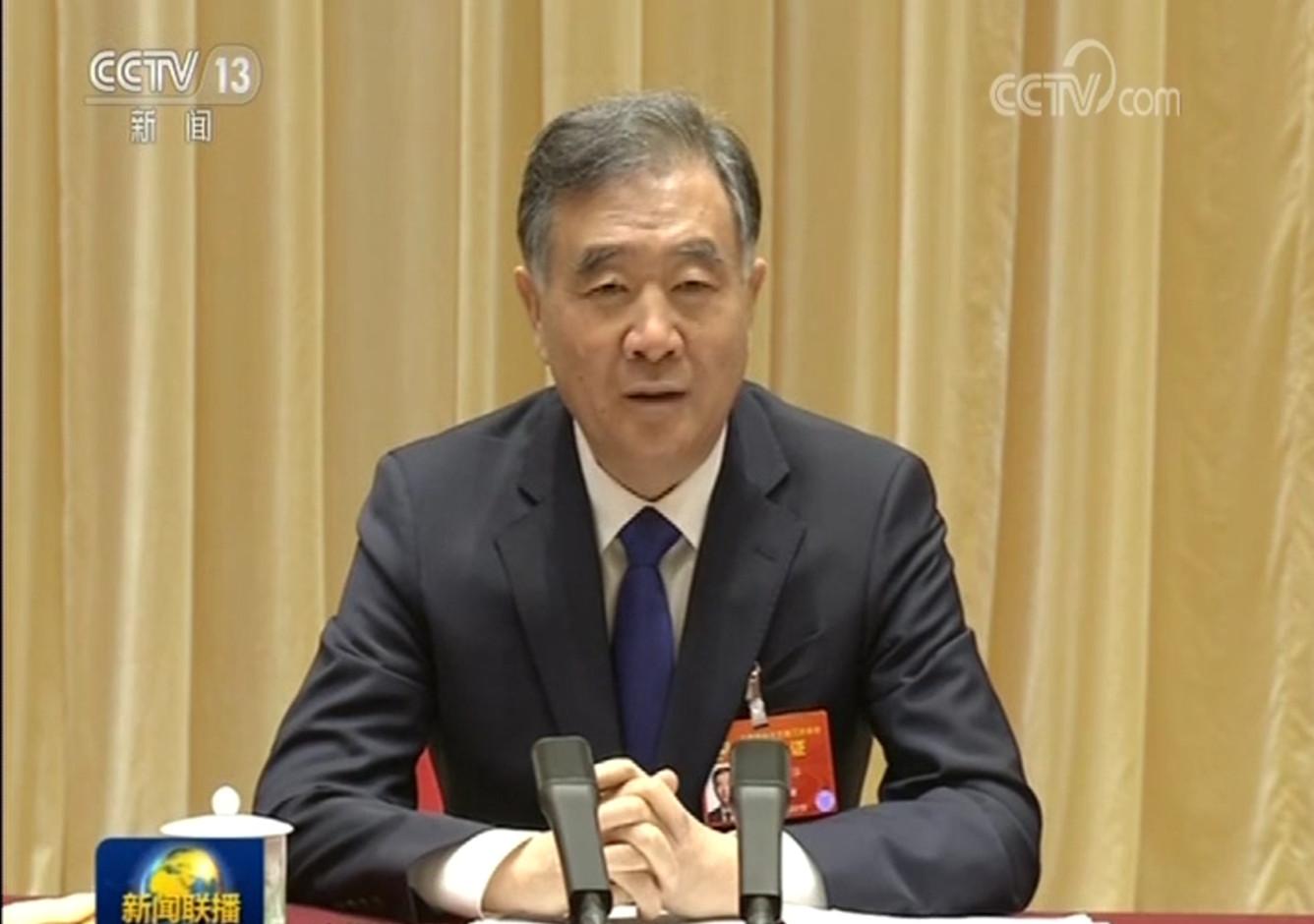 坚定中国道路 共筑宗教和顺-汪洋看望委员并参加宗教界小组讨论侧记