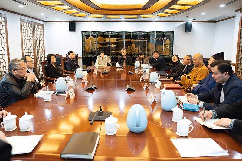 上海宗教界五教联席会议在市委统战部召开