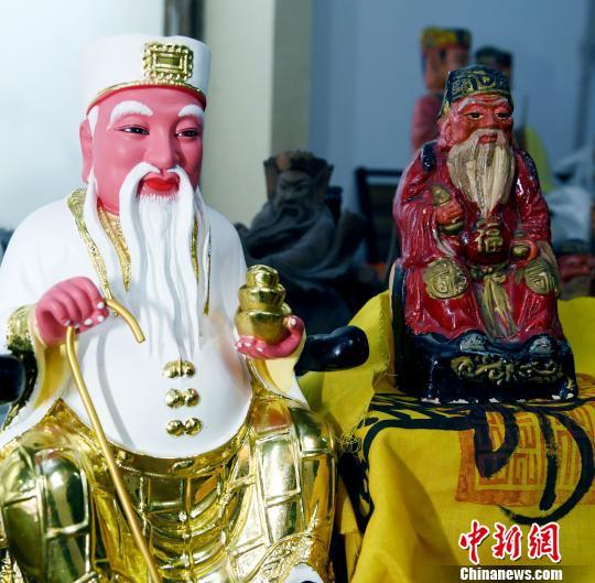 东南亚海丝信俗参访团参访福州三坊七巷天后宫