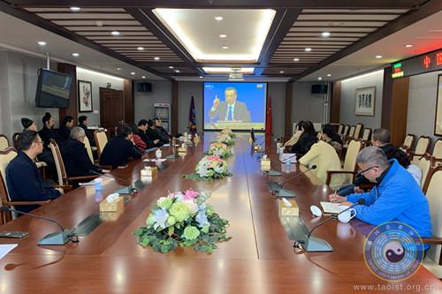 中国道协组织全体人员收看李克强总理答中外记者问