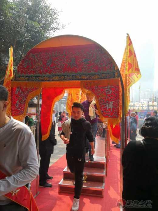 """厦门朝宗宫于老君圣诞向举行""""香油钱捐社区爱心基金""""活动"""