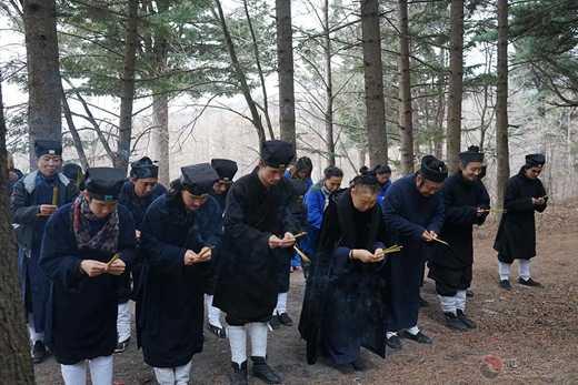 北武当玄帝观真武庙会精彩纷呈 千余人同祝圣寿