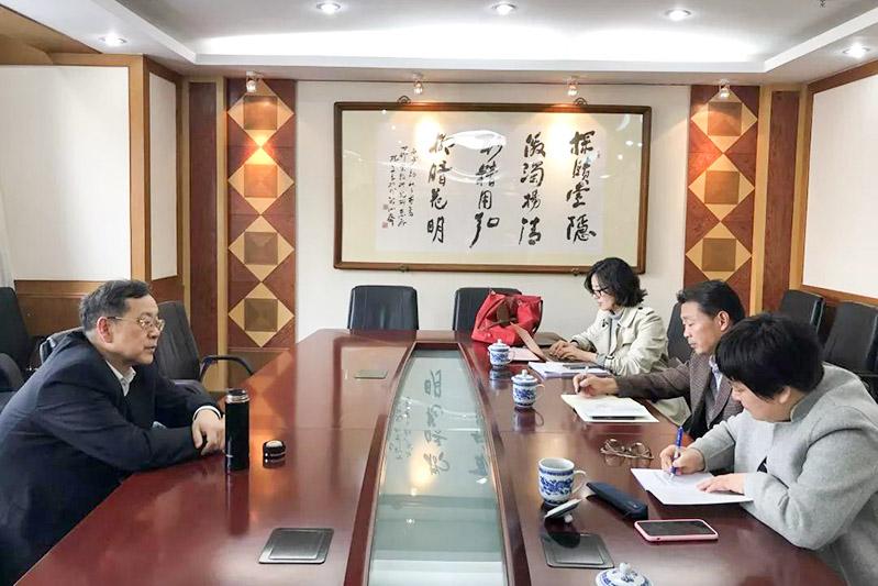 上海市民宗局副局长走访宗教领域专家学者