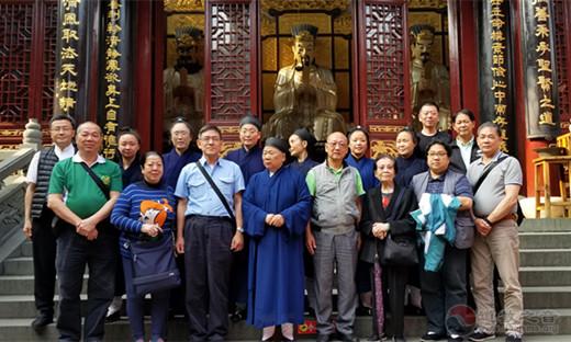 香港青松观主席黄健荣一行参访上海、江苏等地道教宫观