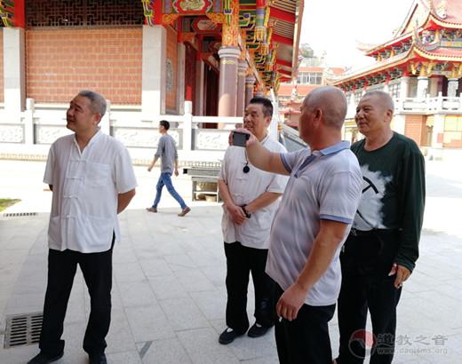 漳州市道协会长郑金川道长一行调研漳浦宫庙