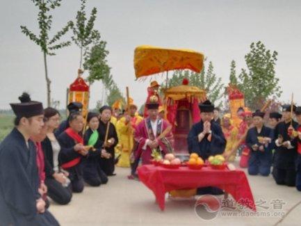临清玉皇庙举办己亥年泰山奶奶传统接驾庙会