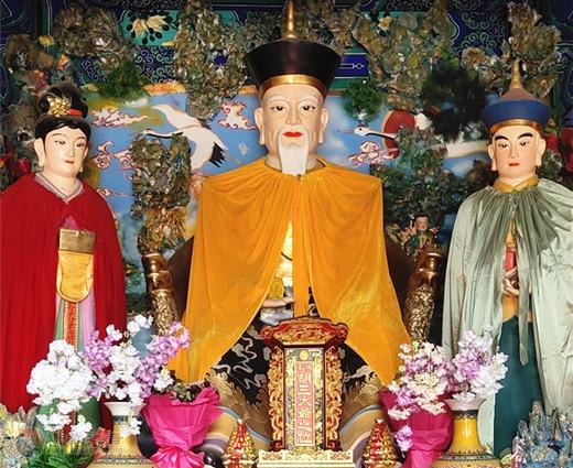 河北省霸州市华山古庙举办四月初一庙会