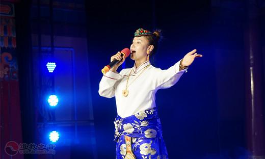 盛基艺术学校学生表演节目:《青藏高原》