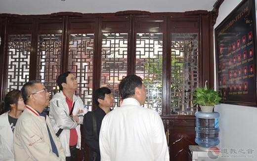 上海市文明和谐寺观教堂创建市级核查小组检查调研上海城隍庙
