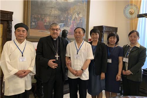 中国凤凰彩票组团赴意大利参加意大利凤凰彩票成立25周年庆典活动
