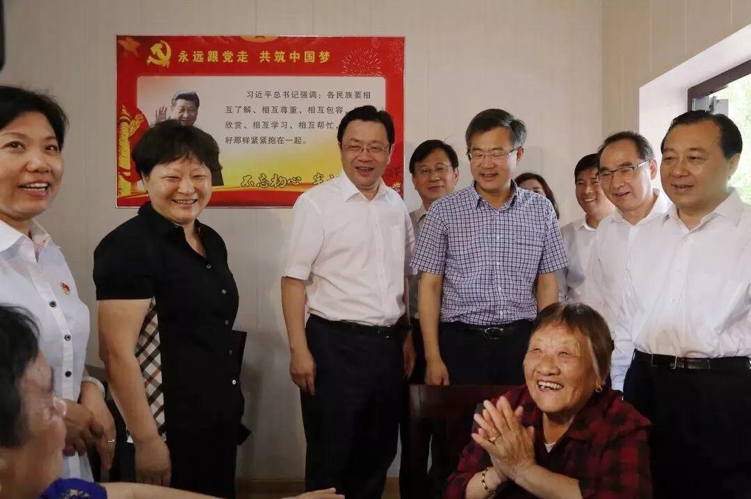 江苏省委常委、统战部长杨岳调研高邮民间信仰工作