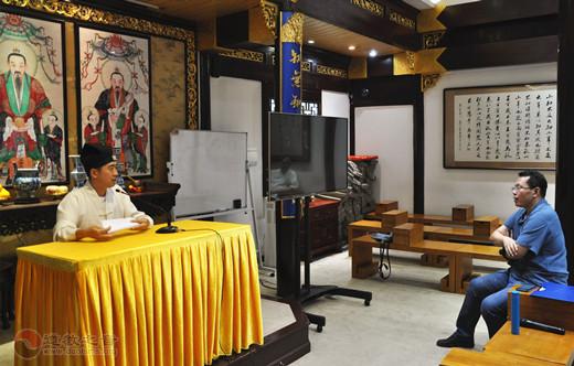 """上海城隍庙举行""""玄门讲经""""庙内试讲活动"""