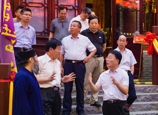 山东省民宗委副主任武林中调研日照龙神庙