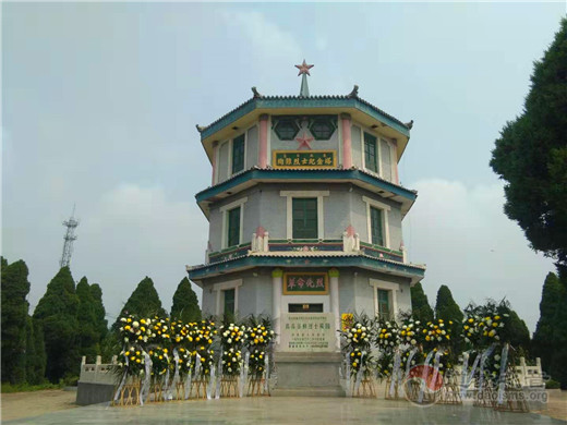 高阳县道教界瞻仰高蠡暴动烈士陵园接受爱国主义教育