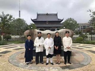 中国道协副会长吴诚真道长一行参访上海财神庙