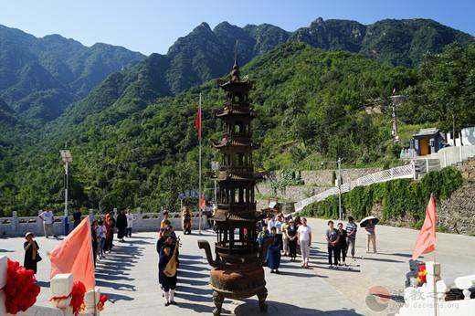 北京市上英水真武庙举行庆祝新中国成立70周年祈福法会
