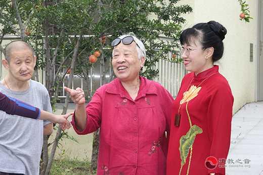 北京市上英水真武庙、道教之音中秋节前慰问孤寡老人