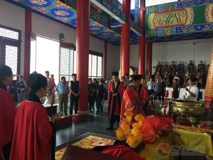 南京市方山洞玄观举行中秋节祈福法会活动