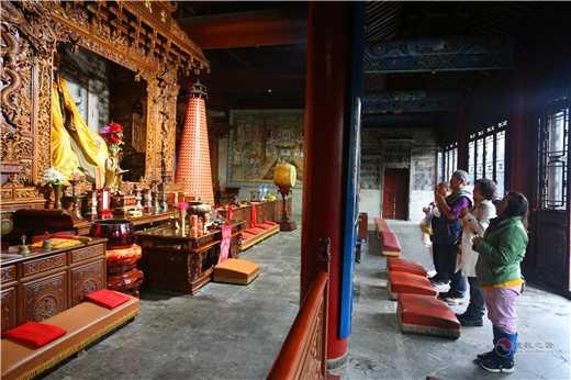 台湾九天玄女祖庭道教会理事长朱淼炎一行参访西安八仙宫